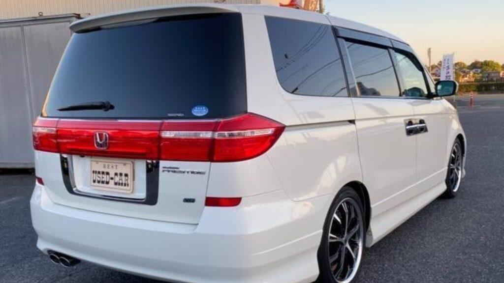 Honda Elysion Exterior
